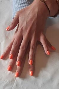 semi-permanent mains orange